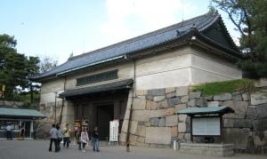 vsモスラ 名古屋城門(実景)