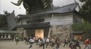 vsモスラ 名古屋城門