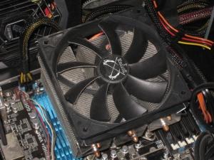 PC壊 元のクソデカいクーラー