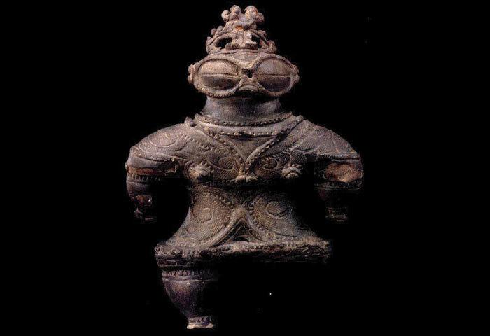 x h 埴輪 と「土偶」の違い