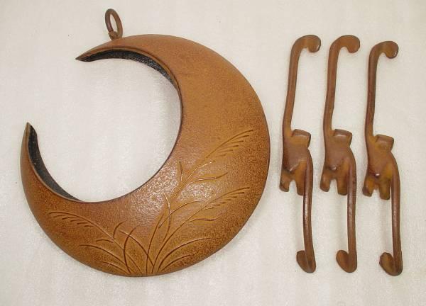 zz y 鉄製吊り型花器 猿鎖手b (満月.三日月)