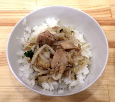 ムタヒロ 堺東店 ニボシマゼソバ(〆ご飯)