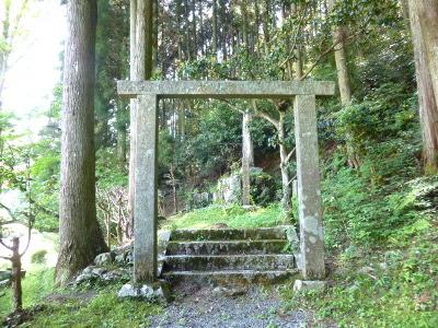 石田梅岩墓所