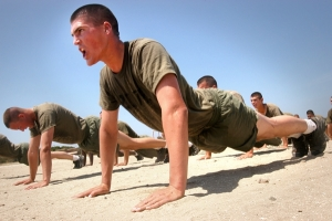 Marines_do_pushups_20160809191038a97_201705232133032f8.jpg
