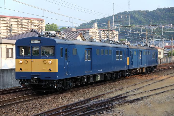 クモヤ145-874s