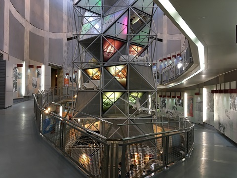 42展示館