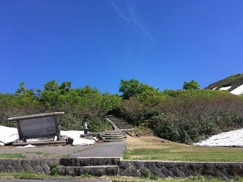 16鳥海山登山道