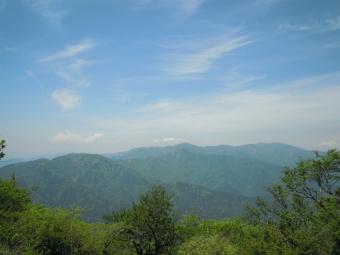 塔の岳方面170522