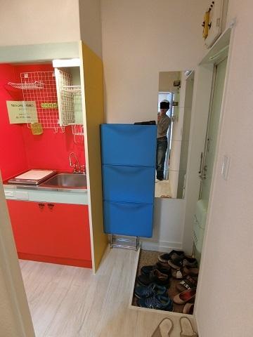 池袋キッチンと玄関