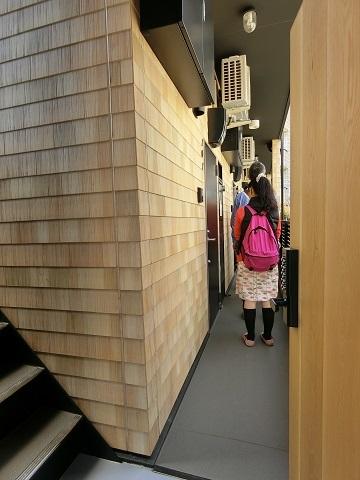 恵比寿1階廊下