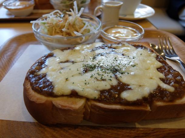 チーズ・カレートースト