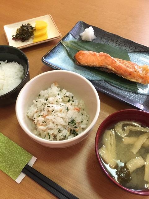 味処 まごころ 焼魚ランチ