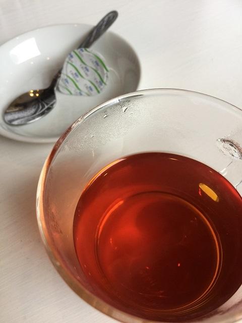 カフェ スリーピース 紅茶