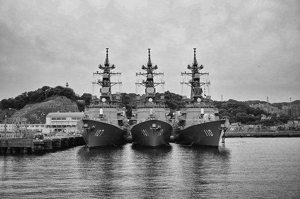 横須賀軍港巡り04