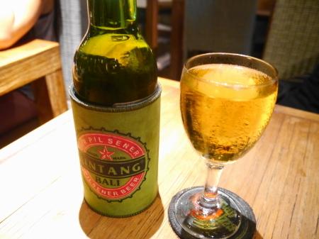 グラスワインとビール