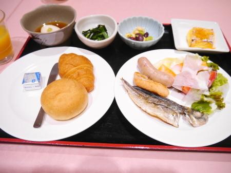 朝食(マー)