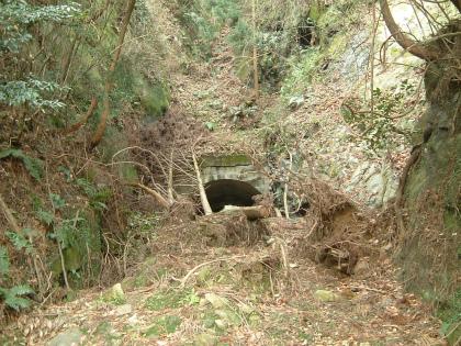 兎之山隧道06