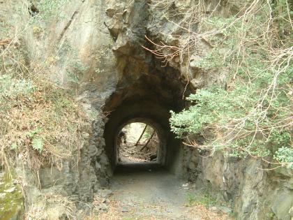 兎之山隧道10