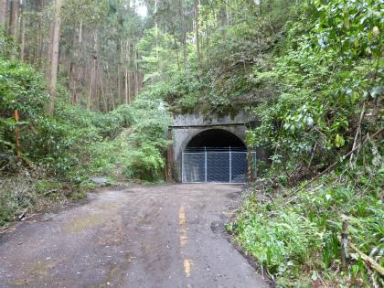 臼杵隧道12