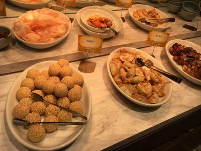 九龍點心:餃子や春巻きなどの一品料理