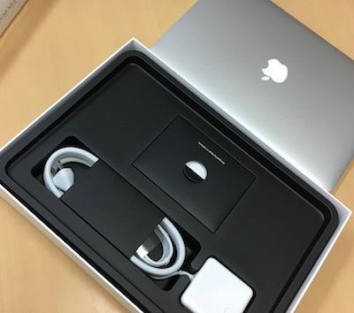 新しいMacBookAirを買ってきました