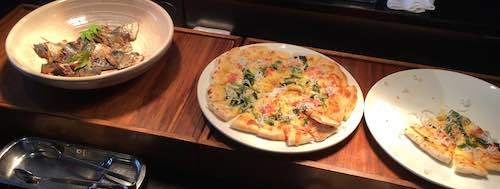 ザ・ダイニング万彩 夕食ブッフェ ピザとお魚