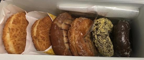ミスタードーナツでドーナツを6個買ってきました