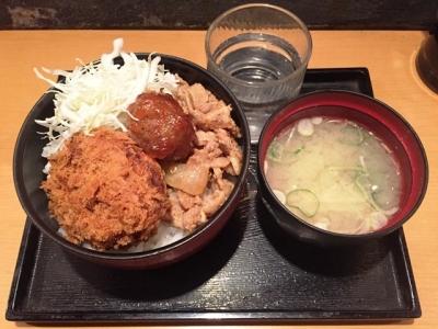 170329スタンドひおき豚とんコロッケ丼550円