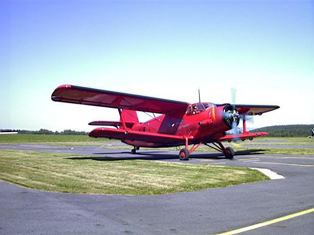 北朝鮮の木製の「ステルス飛行機」