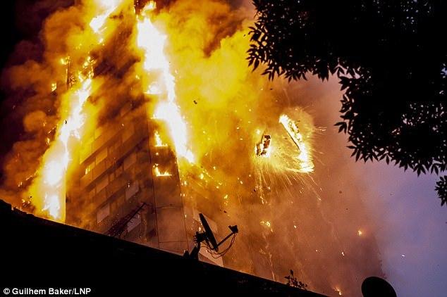 ロンドン火災 火元は冷蔵庫が爆発2