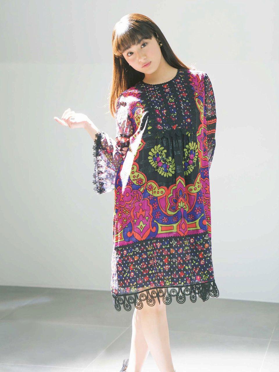 「週刊ファミ通 2017年4月6日号」平祐奈の着衣グラビア