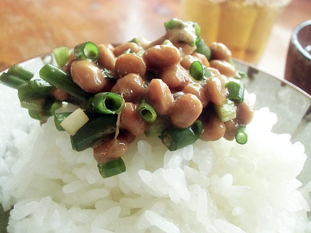 ねぎたっぷり納豆