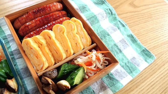 ウインナーと卵焼き弁当ズーム