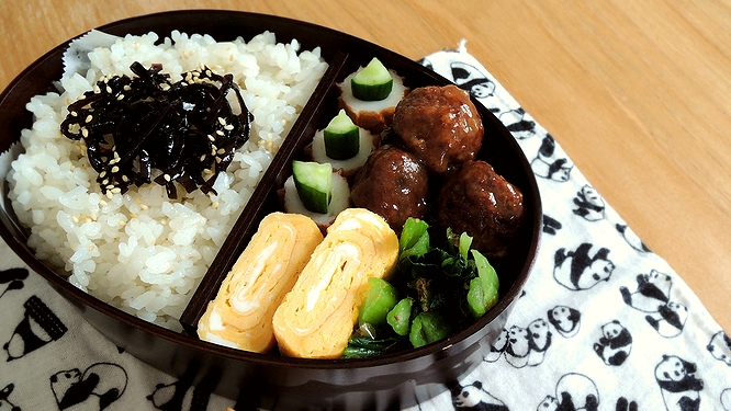 肉団子弁当ズーム
