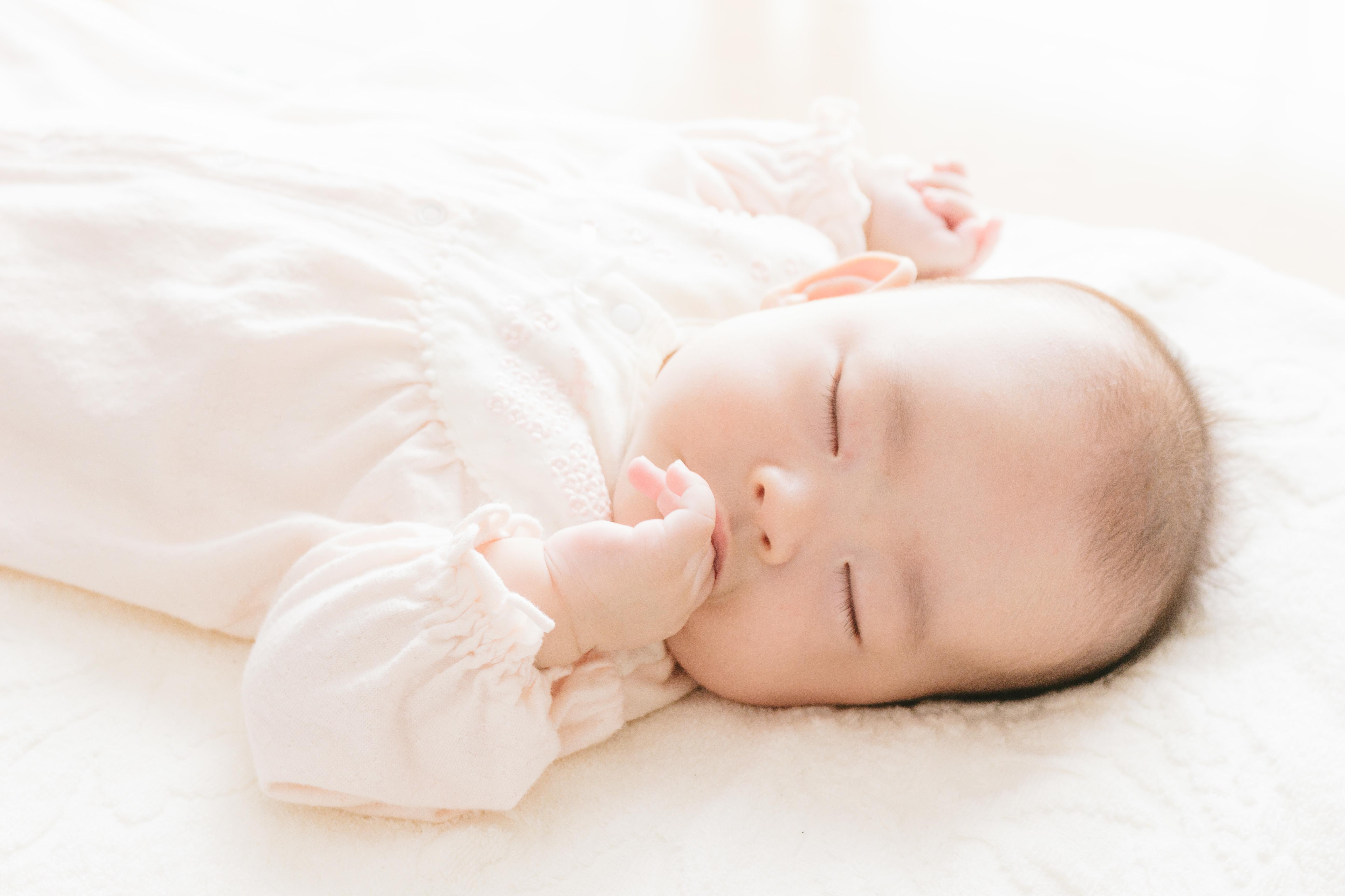 毛布 布団 赤ちゃん 寝心地