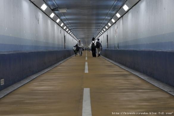 関門トンネル人道入口 スタートーSN