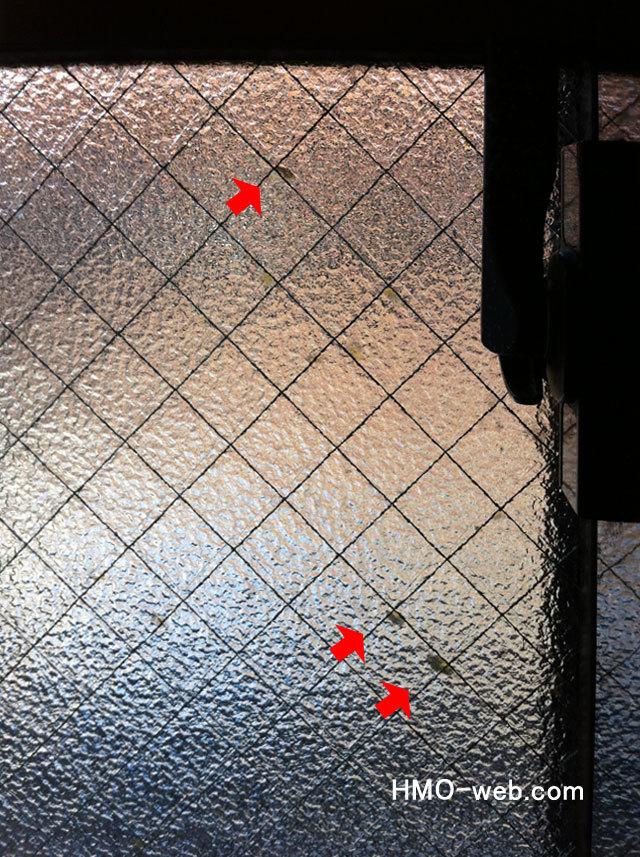 網入りガラスの金属線サビ