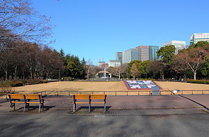 300px-Hibiya_Park_winter.jpg