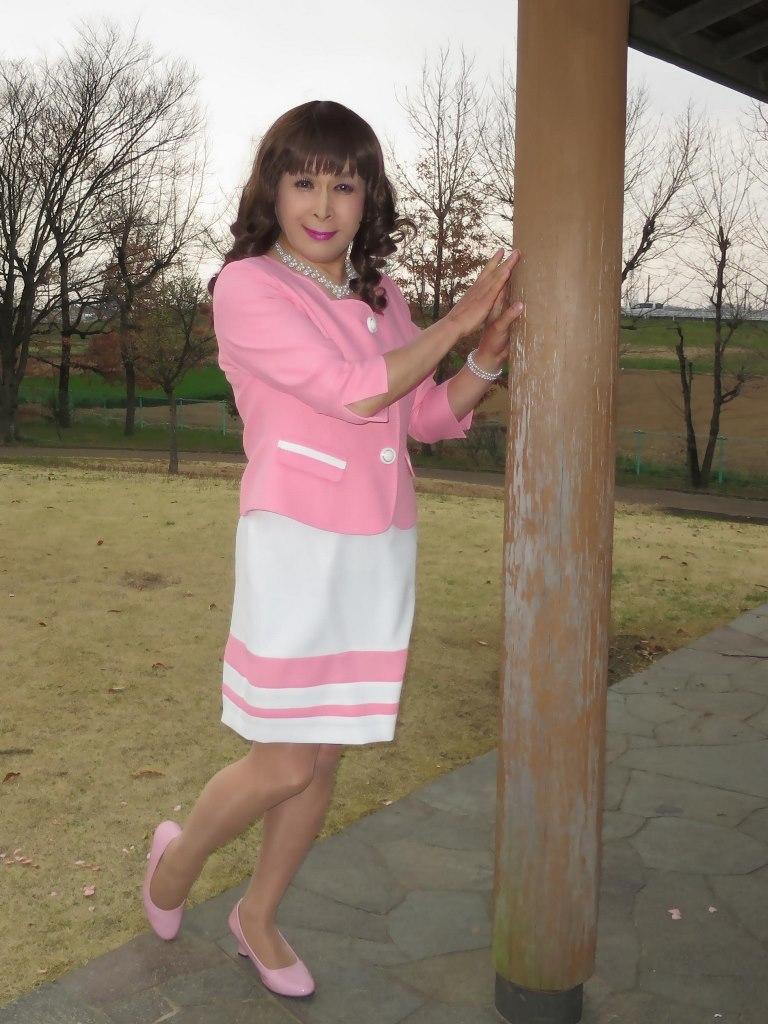 ピンクスーツD(1)