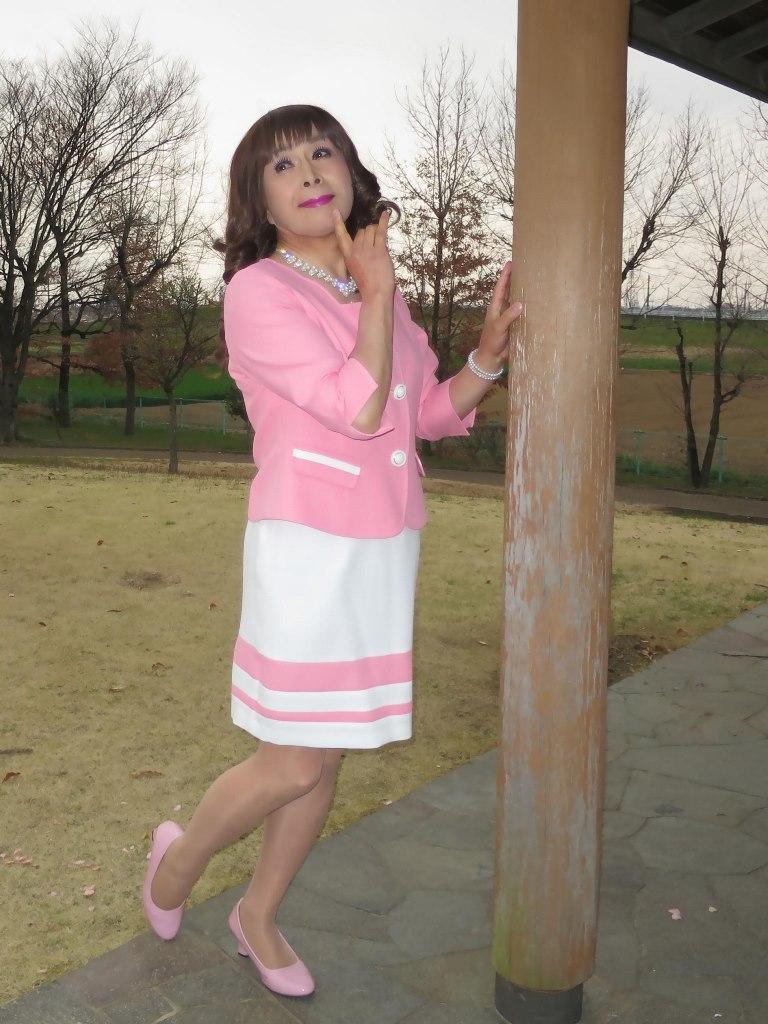 ピンクスーツD(2)
