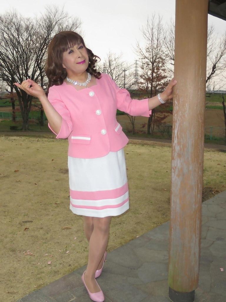 ピンクスーツD(4)