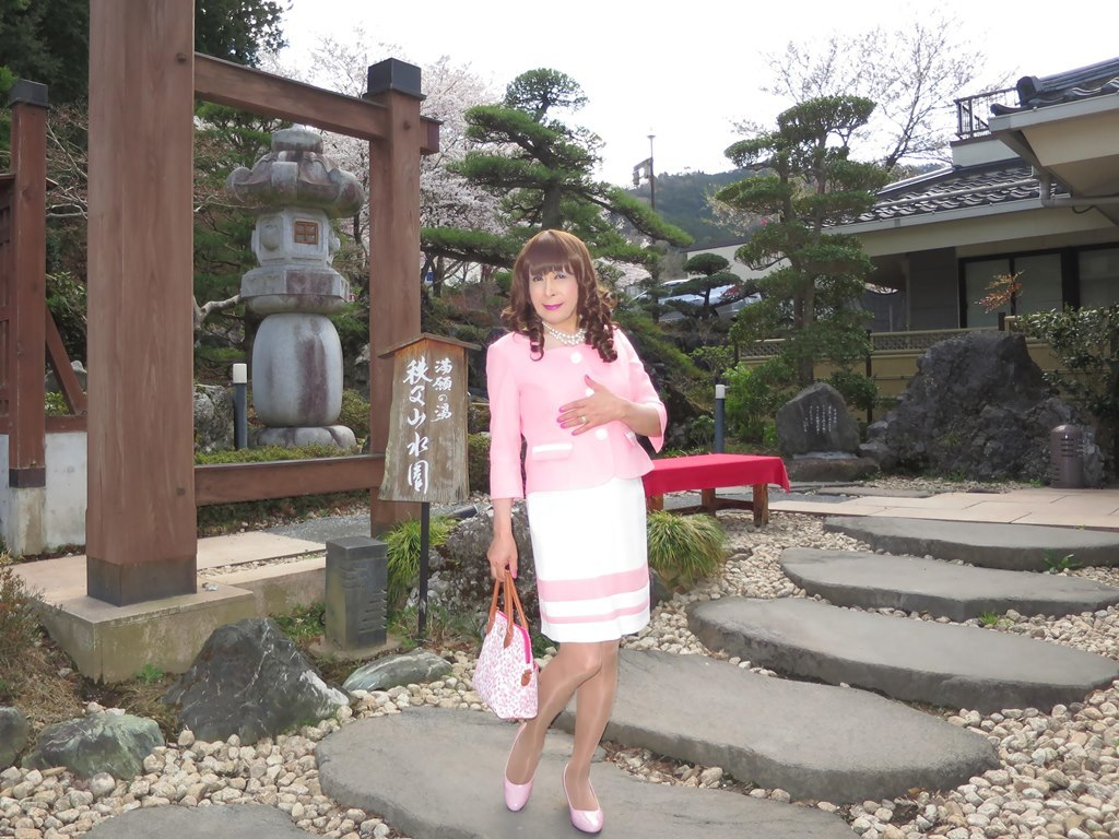 ピンスーツ温泉前A(4)