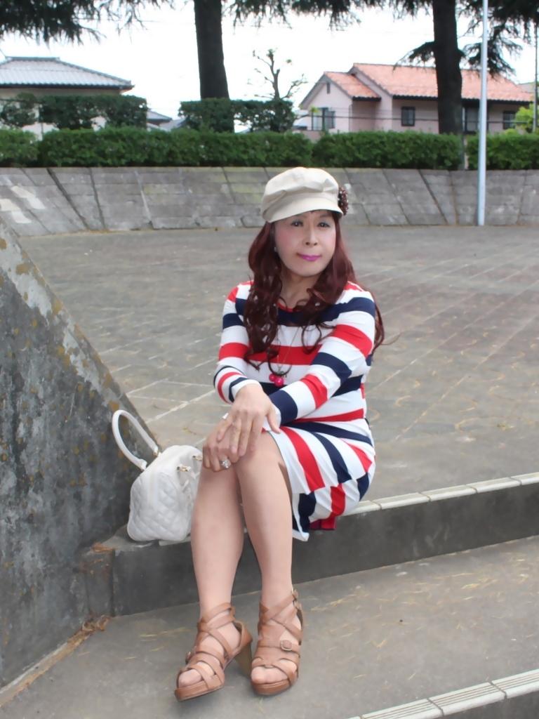 赤青白3色ボーダーワンピA(1)