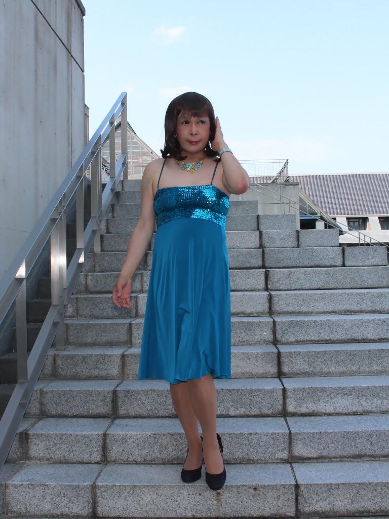 青胸元スパンコールドレスC(2)