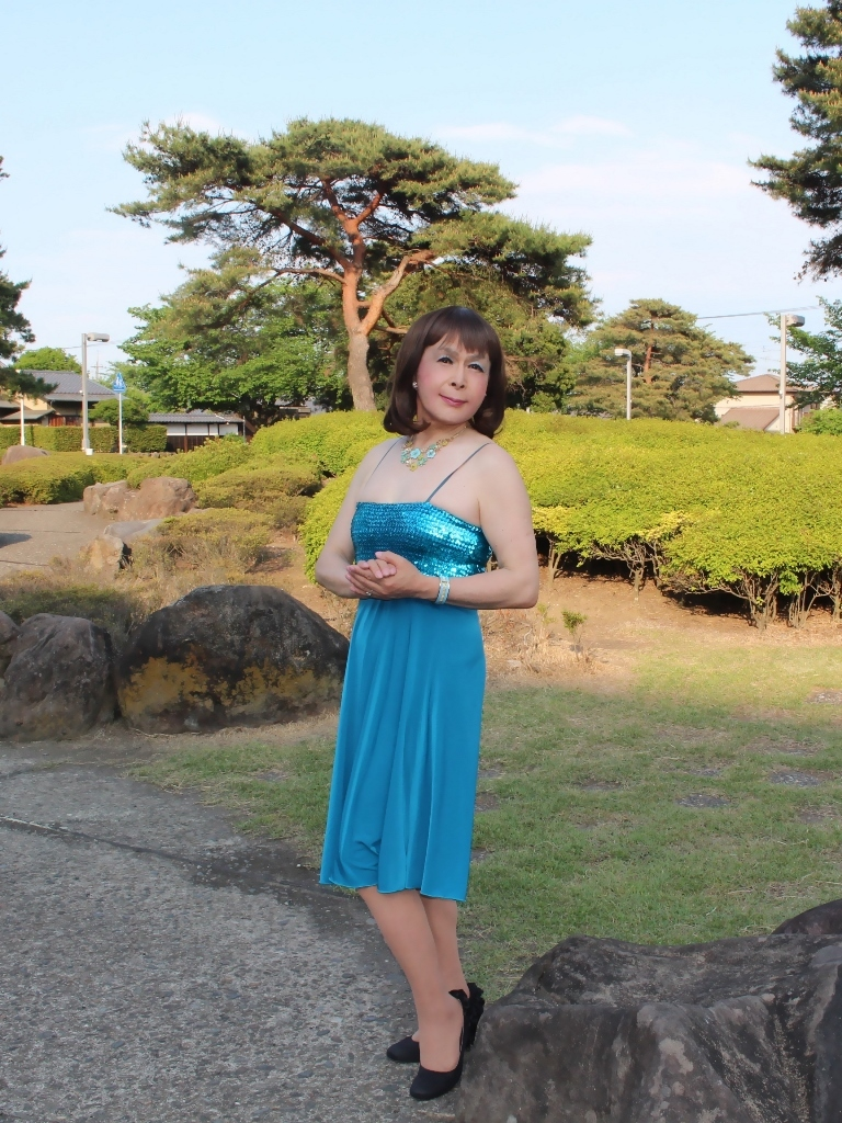 青胸元スパンコールドレスD(10)