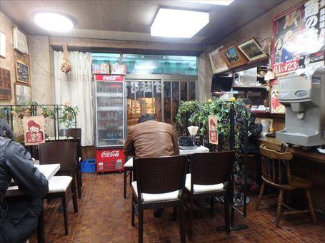 三島屋の店内