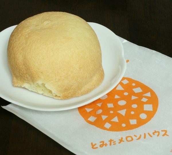 16 IMG_9097 メロンパン270円(600x541)