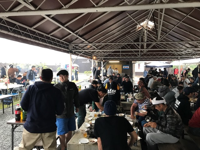 キャンプ10