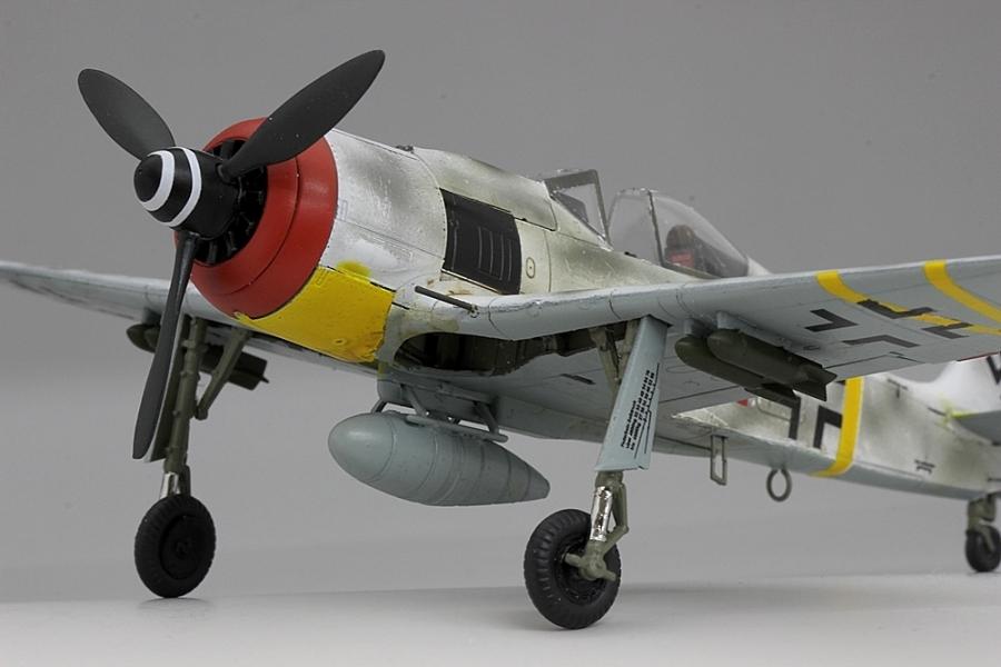 フォッケウルフF8-8