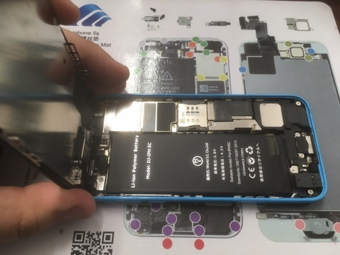 iPhone5Cバッテリー交換